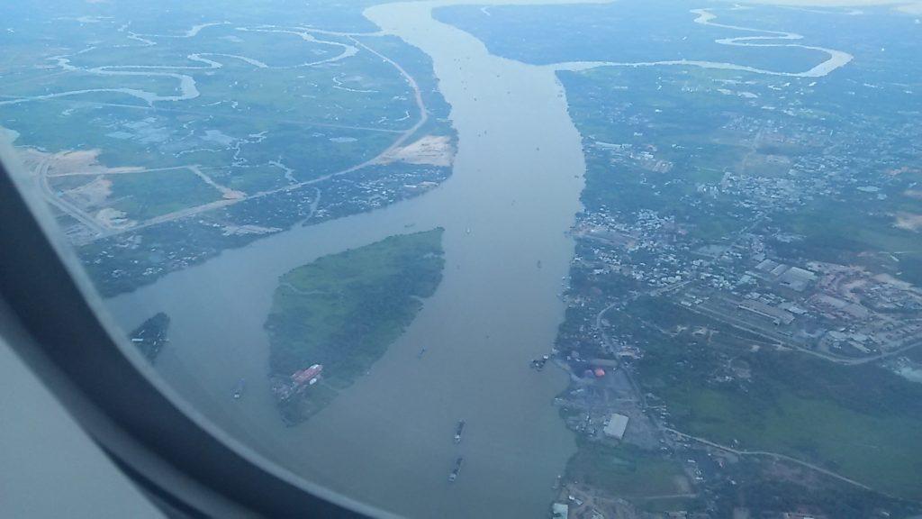 ベトナム メコン川上空
