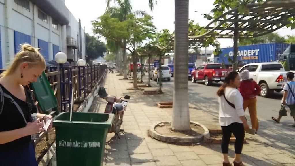 国境 カンボジア側