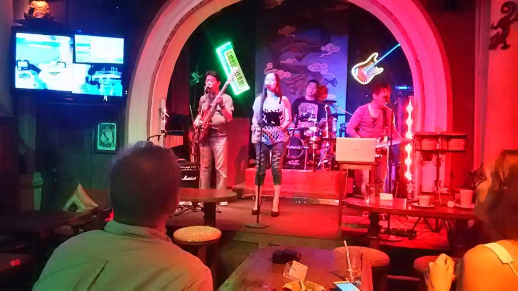 カンボジア 生バンド