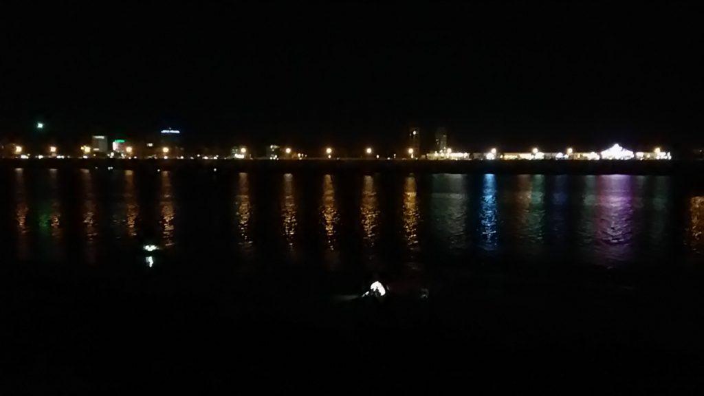 プノンペン メコン川 遊歩道