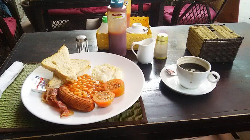 プノンペン朝食
