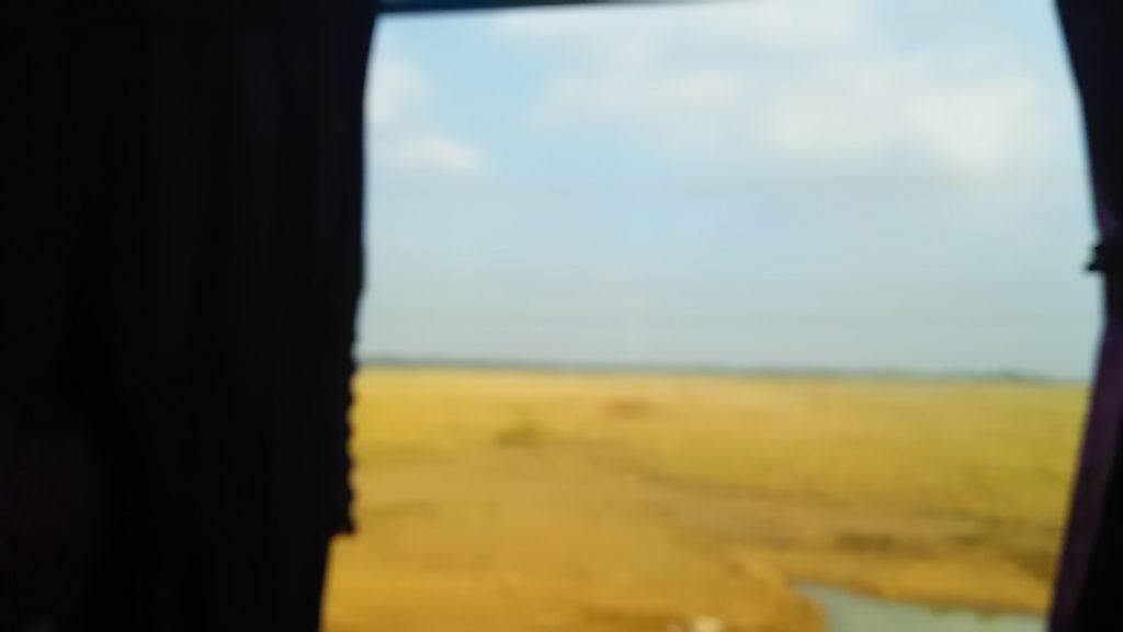 シェムリアップ行バス 車窓