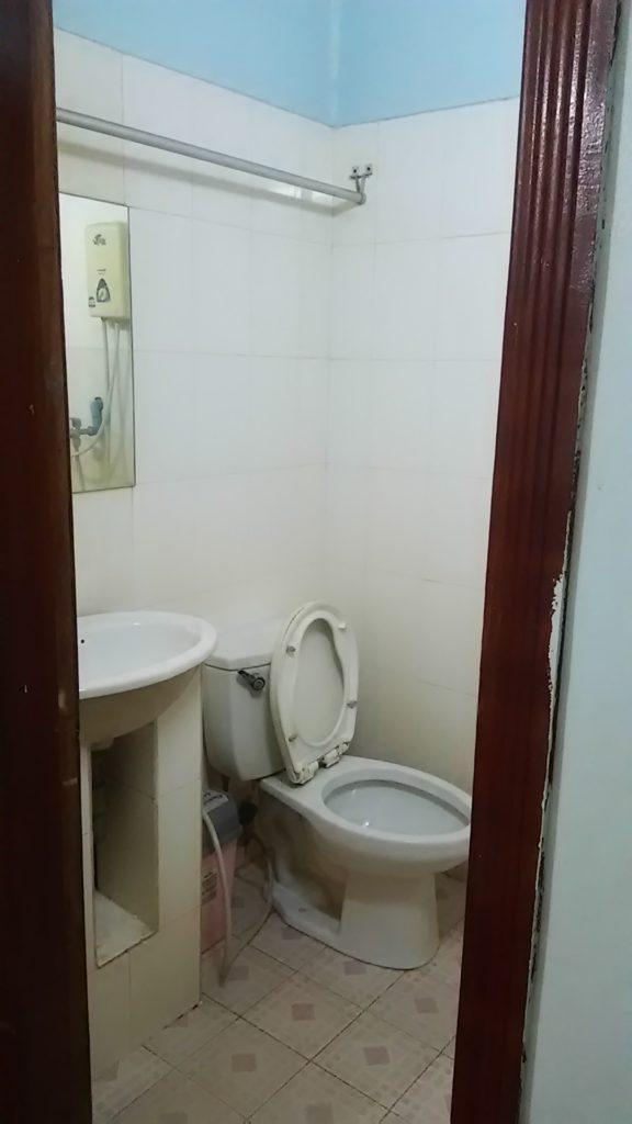 シェムリアップ ゲストハウストイレ