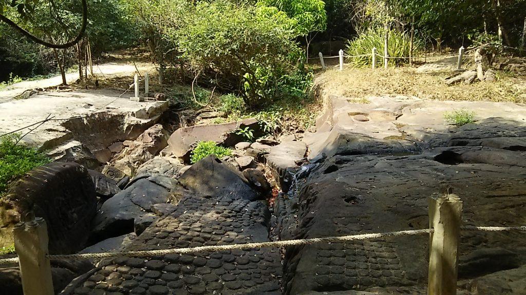 クバルスピアン 水中遺跡