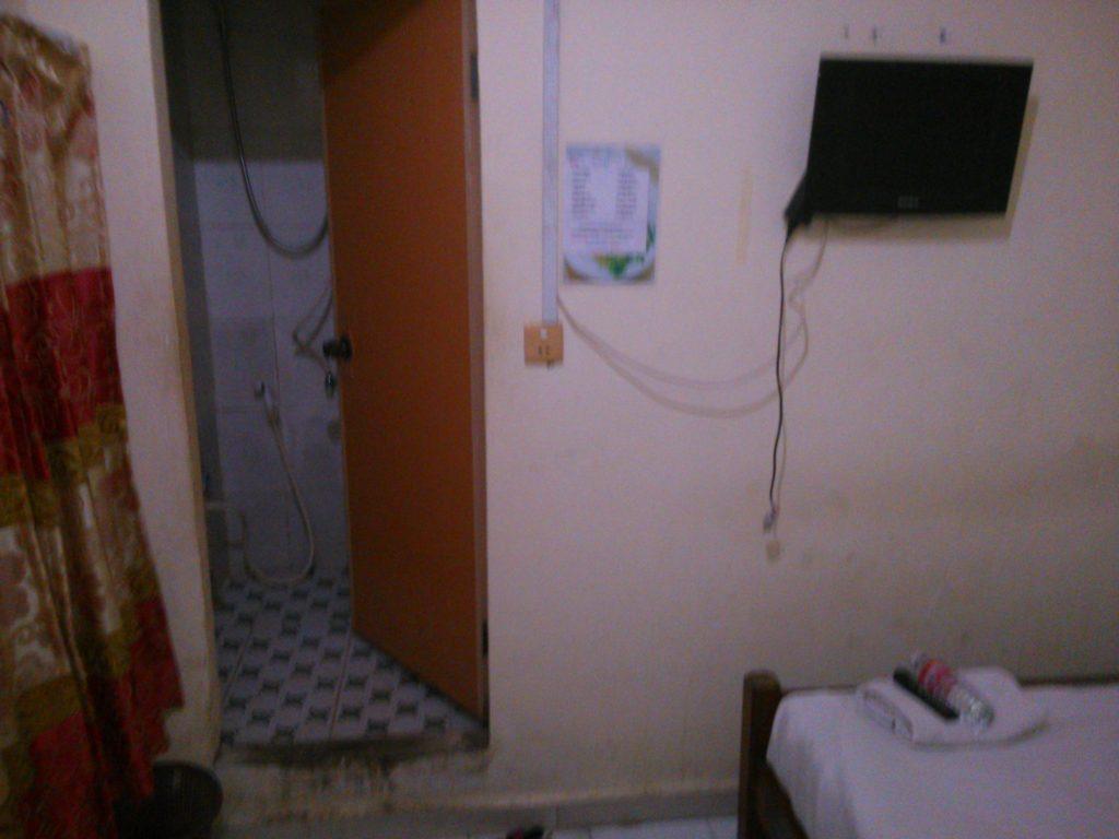 カンボジア ホテル部屋