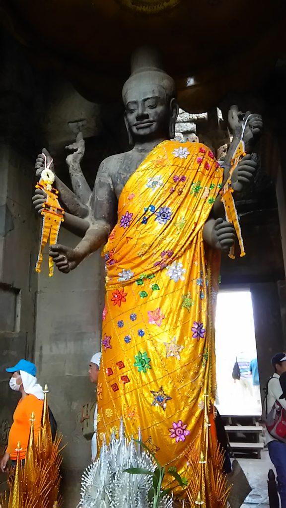 タ・プローム寺院 仏像