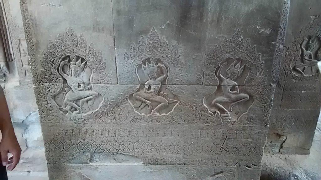 タ・プローム寺院 壁画