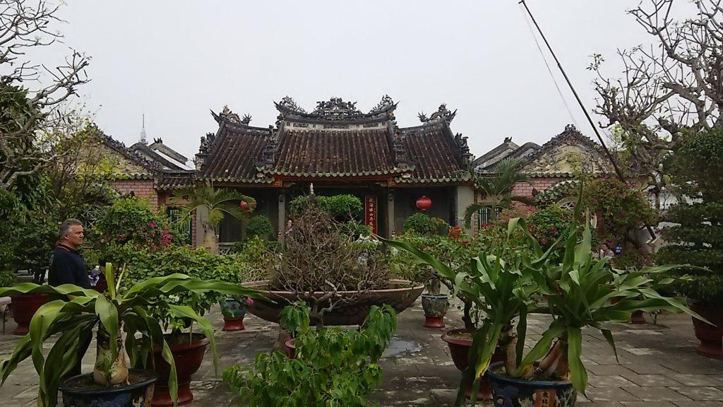 ホイアン 中華会館中庭