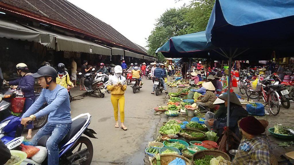 ホイアン昼 市場3