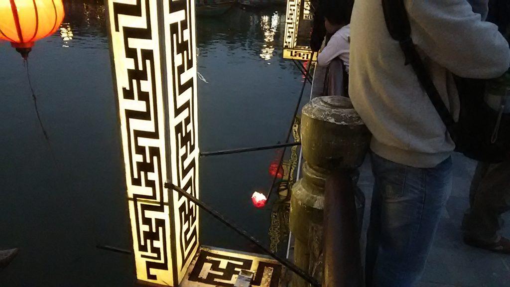 ホイアン夜 灯籠